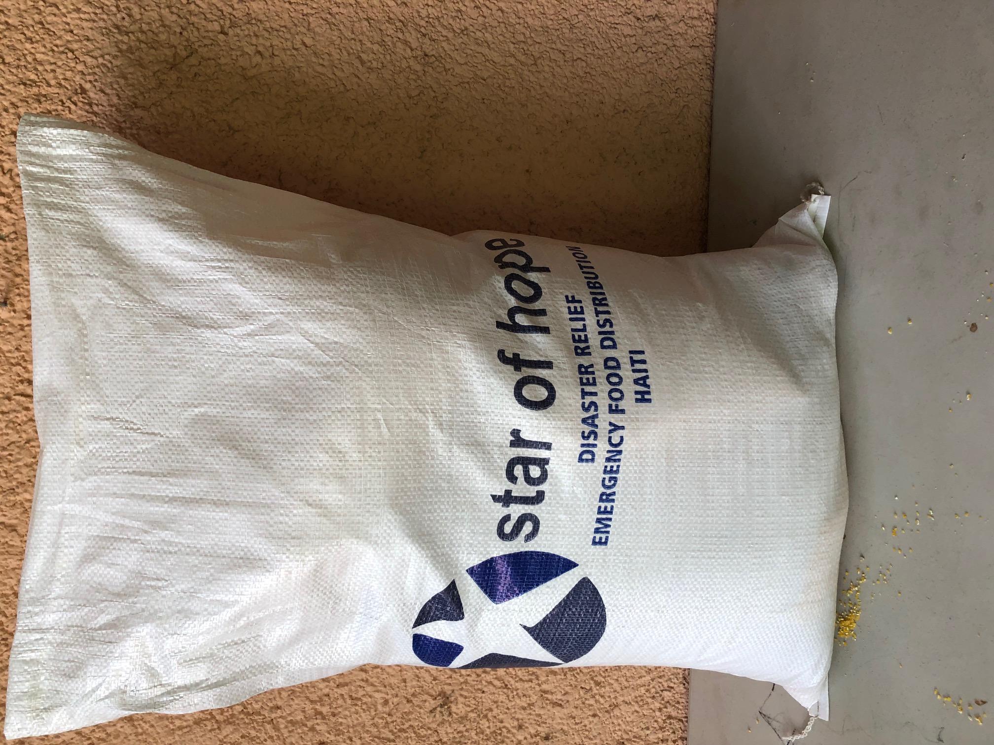 earthquake_food_package_size.jpg