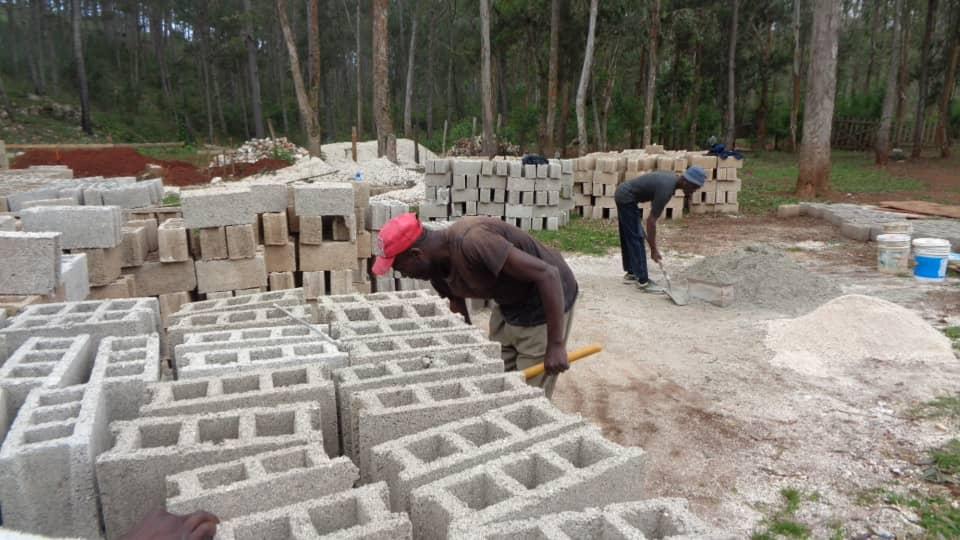 making_cement_block_ongoing.jpg